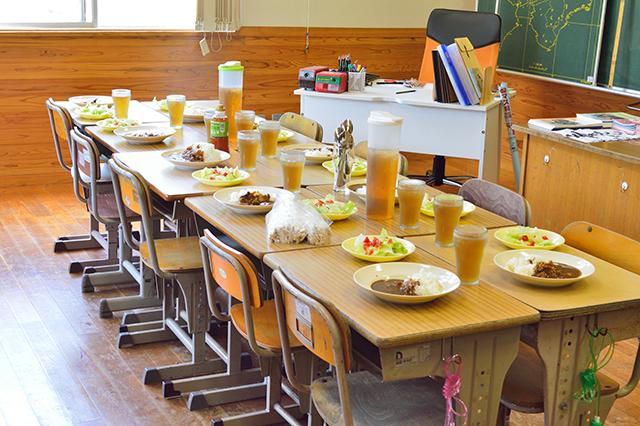 宮地東小学校 ご飯
