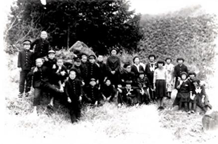 宮地東小学校当初写真